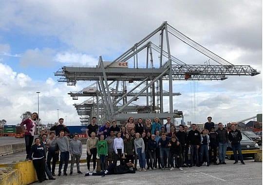 Indrukwekkende excursie naar Rotterdamse havens