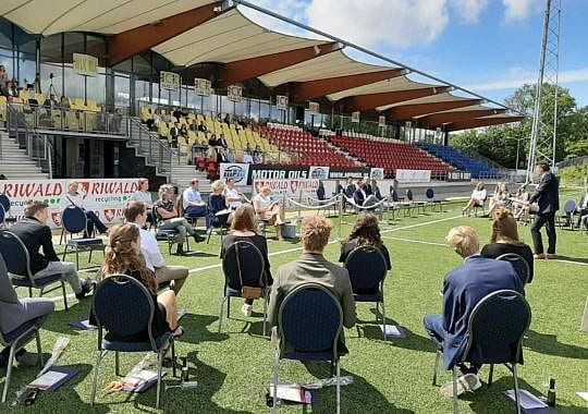 Diplomauitreiking in Telstarstadion