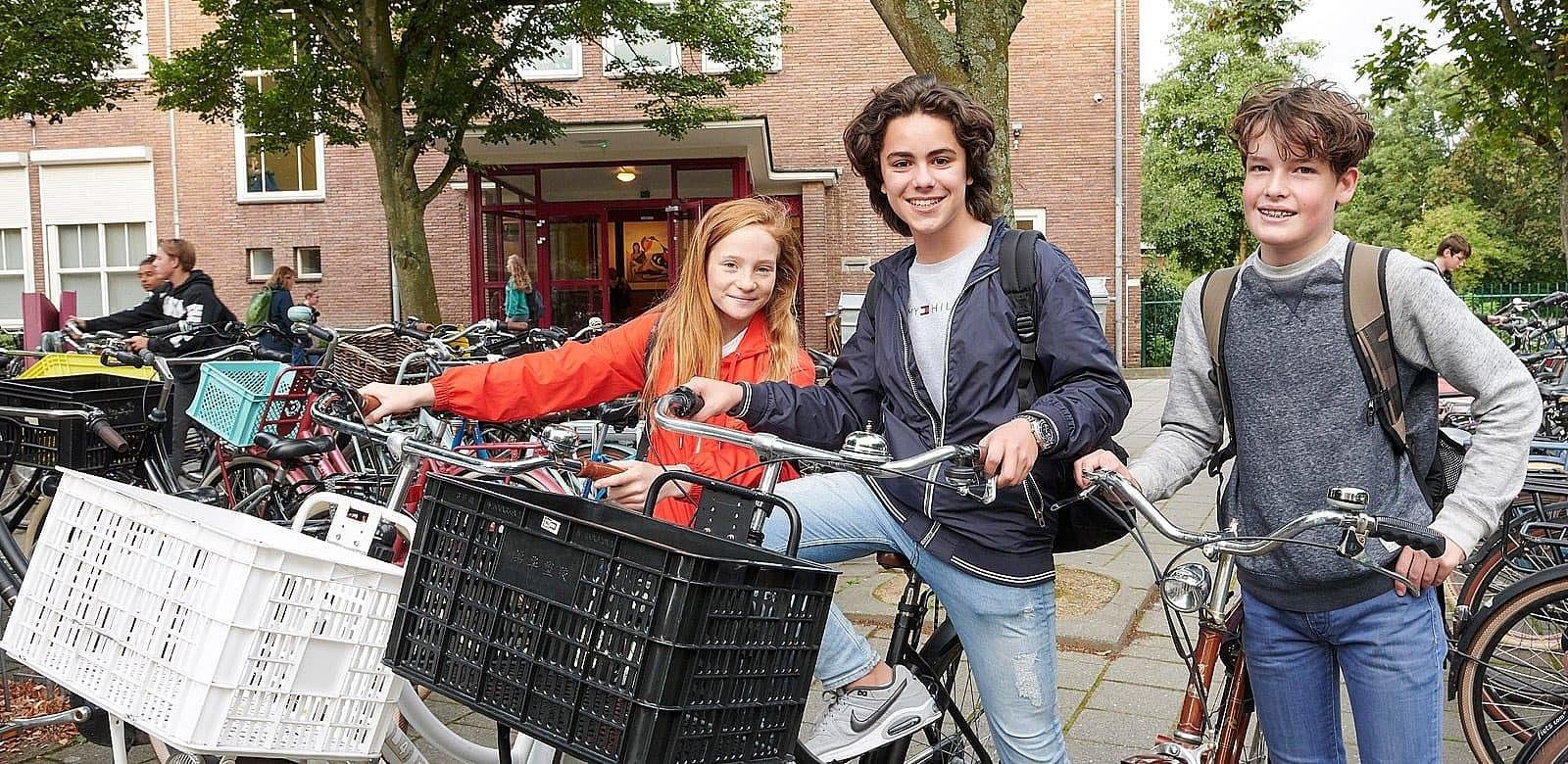 header gymnasium felisenum samen naar school fietsen